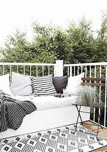 Kleine Wäschespinne Für Balkon : ideen f r einen kleinen balkon ~ Markanthonyermac.com Haus und Dekorationen
