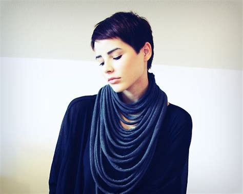 Best 20+ Dark Pixie Cut Ideas On Pinterest Style Short Thin Hair Haircut For Long Straight 2016 Dying Dark Brown With Blonde Highlights Medium Hairstyles Oval Faces To Suit Your Face Upload Photo Cool Grey Wedding Pictures How Length Bangs