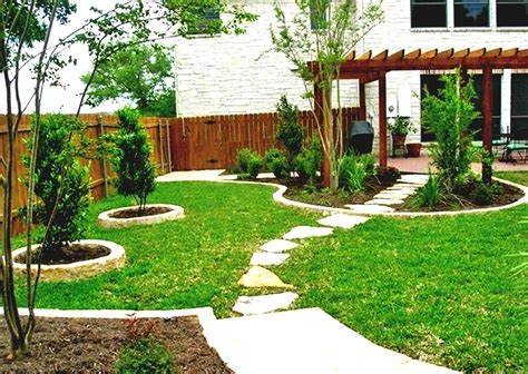 Slope Yard Ideas by Beautiful Garden Landscaping Ideas For Sloped Yard Elraziq
