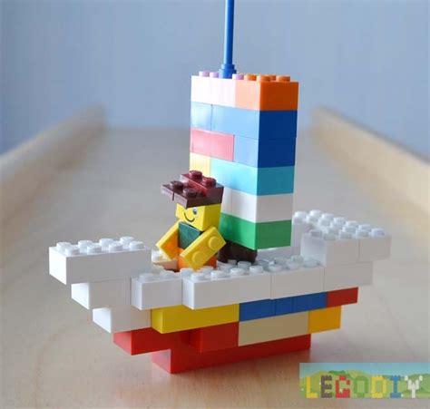 Lego Mini Boat Instructions by Lego Boat Building Instruction From Lego Classic Bricks