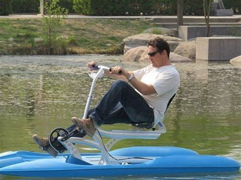 Pedal Boat Big Bear by Best 25 Paddle Boat Ideas On Pinterest Build Your Own