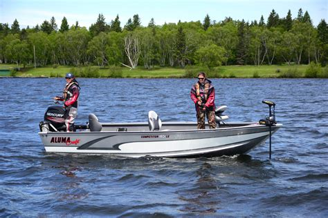 Best Rated Aluminum Boats by Top 10 Aluminum Fishing Boats For 2016