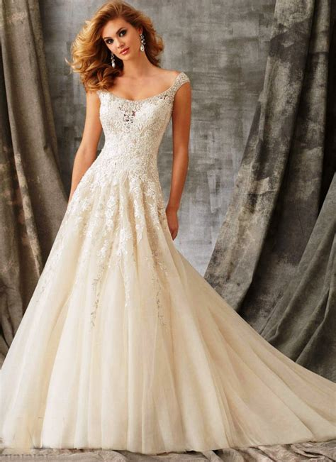 20 Best Vintage Wedding Dresses Ideas For You To Try. Lace Wedding Dress Guest. Pretty Puffy Wedding Dresses. Modern Casual Wedding Dresses. Strapless Wedding Dresses Out. Wedding Dresses 2016 Pakistani. Halter V Neck Wedding Dresses. Ivory Tower Wedding Dresses Knowle. Blush Wedding Dress Jim Hjelm