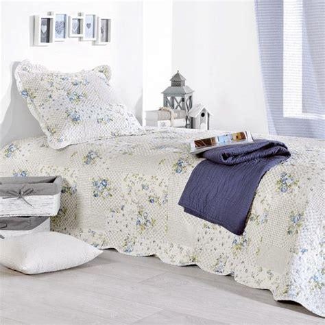 boutis et taie d oreiller 180 x 240 cm bleu couvre lit boutis eminza