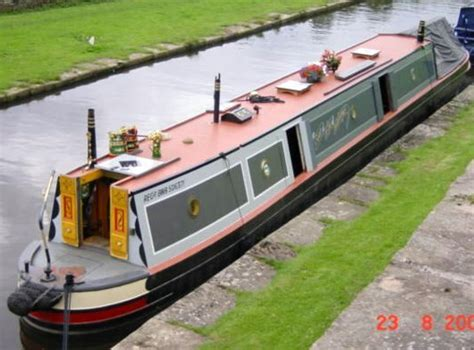 Living On A Boat Full Time Uk by A Case Study Of Liveaboard Narrowboat Song Of The