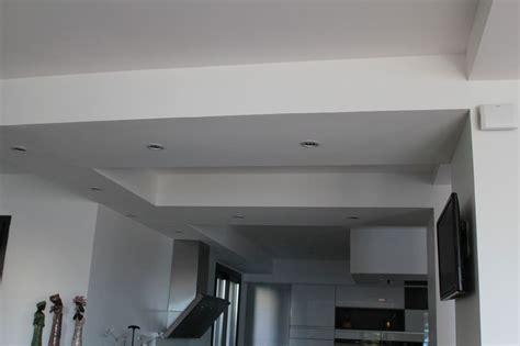 faux plafond placo design autant suarranger pour tomber sur une fourrure derrire le placo quand