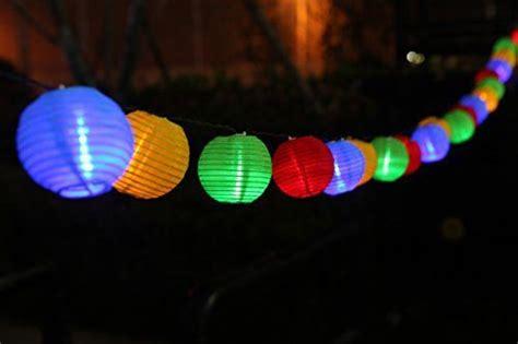 25 best ideas about guirlande exterieur led on ciel lanterne gros coussin canap 233