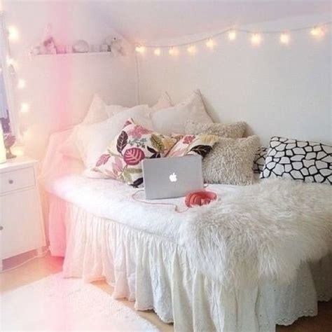 Top 18 Homemade Bedroom Decor Ideas With Light Easy