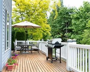Holzdielen Für Terrasse : terrassendielen holz oder wpc das richtige material f r ihre terrasse ~ Markanthonyermac.com Haus und Dekorationen