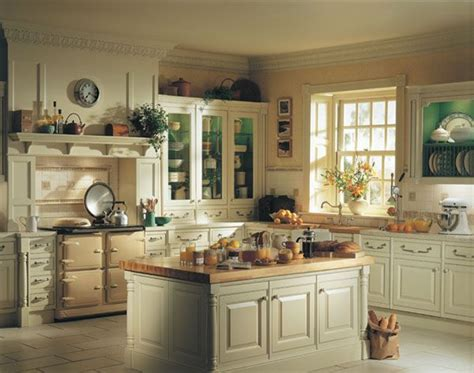 Inspiring And Delightful Traditional Kitchen Designs
