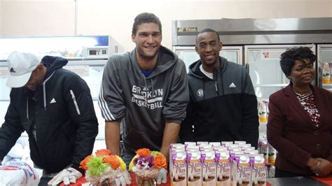 the nets caign against hunger out turkeys in bed stuy the reader