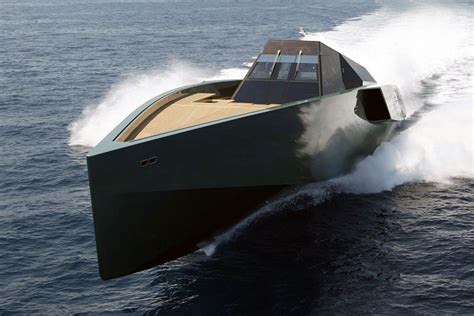 Pictures Of The Biggest Boat In The World by The 10 Sexiest Power Boats In The World Www Yachtworld