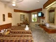 Best Western Plaza Kokai Cancún. Hotel Freye. Svenska Design Hotel. The County Hotel. Umlilo Lodge Hotel. Springfields Bed And Breakfast. Puncak Pass Resort. Hotel Florencia Plaza. Hotel Sauerlander Hof
