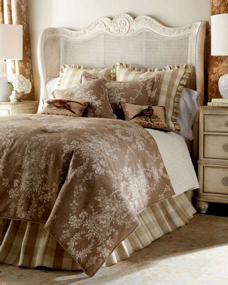 French Laundry Home Bedding & Pillows At Neiman Marcus Horchow
