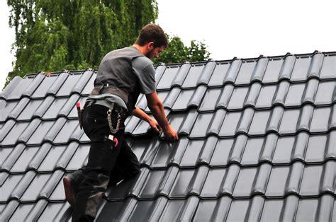 Mindestlohn Für Dachdecker Steigt  Zentralverband Des