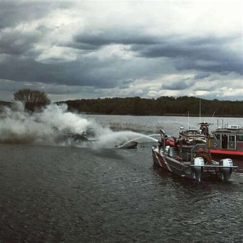 X Fire Boat by Fire Destroys Boat On Housatonic In Stratford Greenwichtime