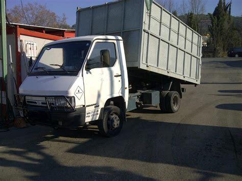 Camion Basculante De Segunda Mano Nissan Nissan Trade 100 1996