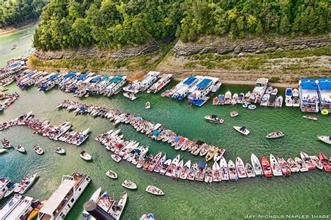 Lake Of Ozarks Boat Rental Close To Party Cove by 10 Best Party Coves In America Boats