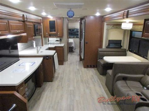 Class C Motorhome Interiors : Dynamax Dx3 37ts Diesel Class C Motorhome