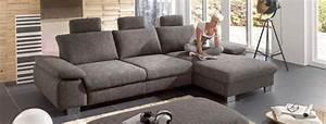 Couch Flecken Entfernen : stoff vs leder welches material ist besser f rs sofa m belmarkt dogern ihr ~ Markanthonyermac.com Haus und Dekorationen