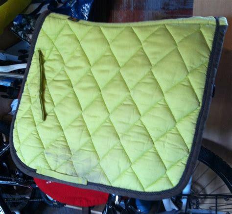 a vendre tapis de selle vert affaire chval