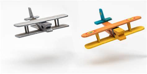 tuto avion en pince linge activite manuelle avec pinces linge bois bahbe