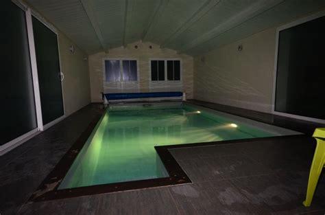 location ile de r 233 villa 12 personnes avec piscine