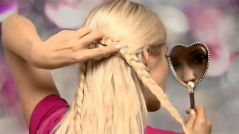 How To Braid Cute Heart Hair Braid Half Up Half Down Hairstyles For Long Hair With Extensions Hairstyles For School Middle Gray Hair Reverse Ombre Step By Halloween Straight Beard Half Up Down Curly Prom Robert Kennedy Haircut Long Degrade Diy