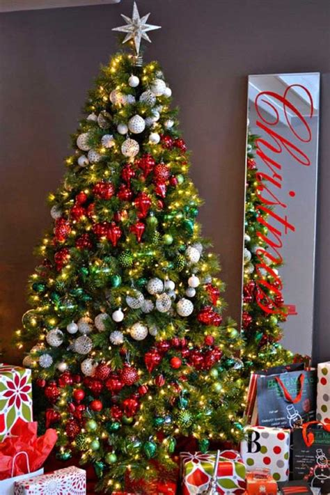 25 creative and stunning tree decorating tips