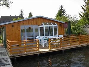 Ferienhaus In Deutschland Am See : bootshaus schwarz mit boot ferienhaus in schwarz mieten ~ Markanthonyermac.com Haus und Dekorationen