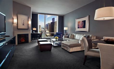 luxury hotels in downtown chicago hotel chicago deluxe suites chicago suites with