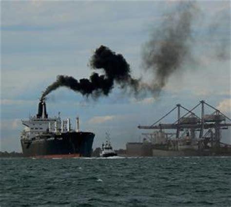 Scheepvaart Luchtvervuiling by Liggen Er Straks Nucleaire Vrachtschepen In De Haven Van