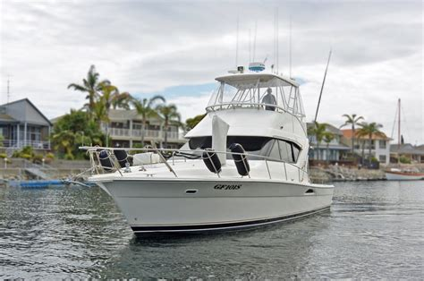 Boats Online Riviera by Riviera 3850 Flybridge Cruiser Power Boats Boats Online