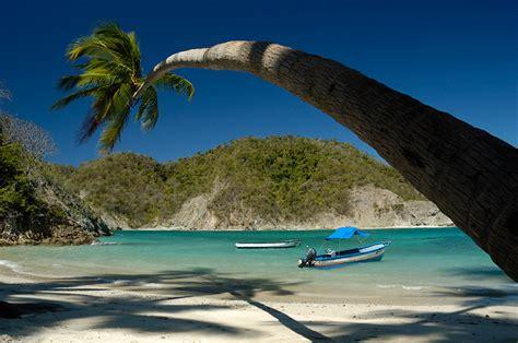 Isla Tortuga En Catamaran by Catamar 225 N Por Las Islas Del Pacifico Isla Tortuga