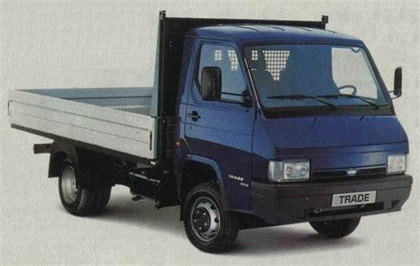 Motor Nissan Trade 100