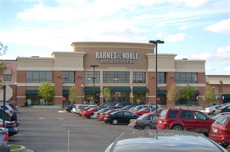 barnes and noble barnes noble plans to shutter about a third of its