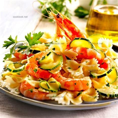 photo culinaire farfalle aux courgettes crevettes et ricotta cooklook photo recette cuisine