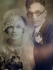 My great-grandparents on their wedding day, 1923. | Making ...