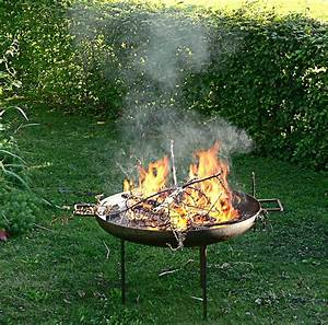 Basteltipps Für Den Garten : feuerschalen aus edelstahl f r den garten einmalige stimmung ~ Markanthonyermac.com Haus und Dekorationen