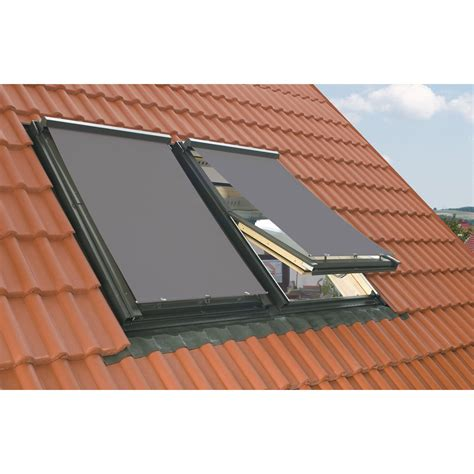 store exterieur pare soleil pour fenetre de toit velux