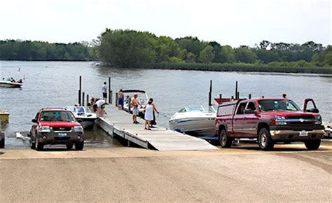Public Boat Launch Fox River Il by Fox River Marina Lake County Forest Preserves