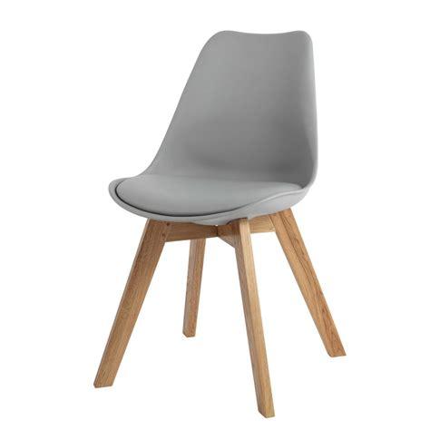 chaise en polypropyl 232 ne et ch 234 ne grise maisons du monde