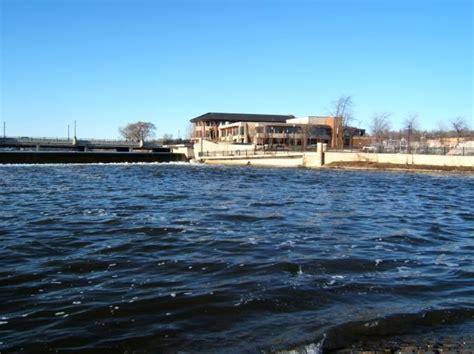 Public Boat Launch Fox River Il by Pioneer Memorial Statue Mapio Net