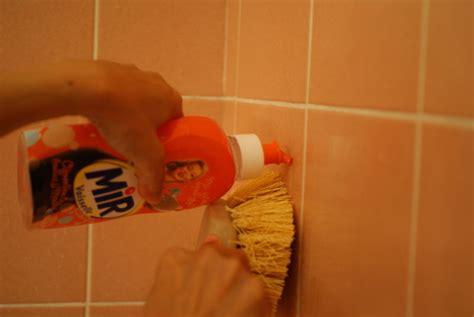 le carrelage mural de la salle de bain 233 tincelant la maison de marthe