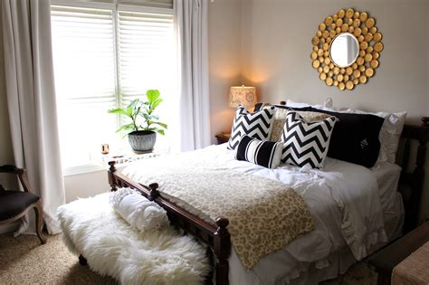 Top Decor Tips For Creating The Perfect Guest Room