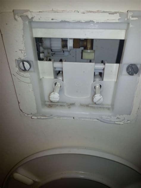 fuite toilette suspendu geberit 28 images lavabo achat wc suspendu geberit qui fuit wc