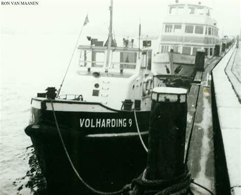 Sleepboot In Dutch by Warshipsresearch Dutch Sleepboot Ex Volharding 9 1956