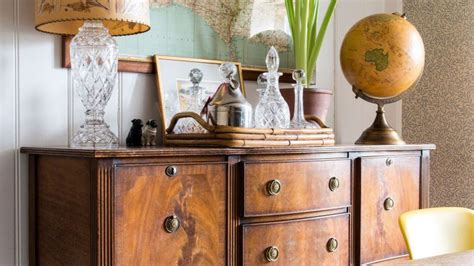How To Restore Old Wooden Furniture