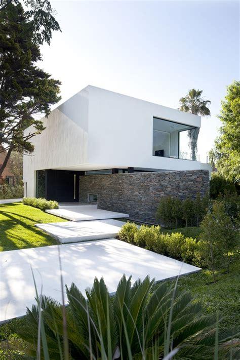 40 Modern Entrances Designed To Impress!  Architecture Beast