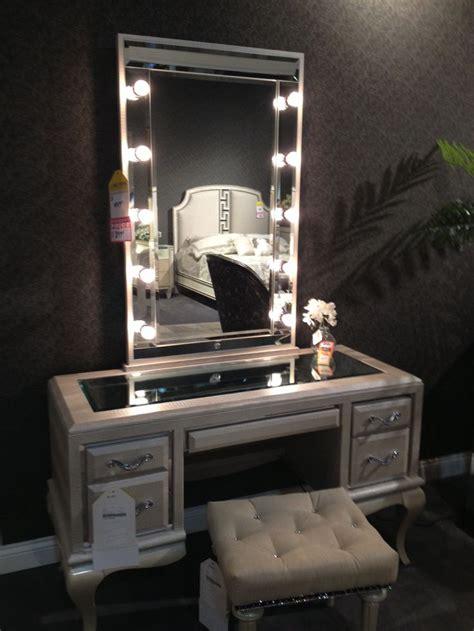 bedroom vanities with classic and modern design